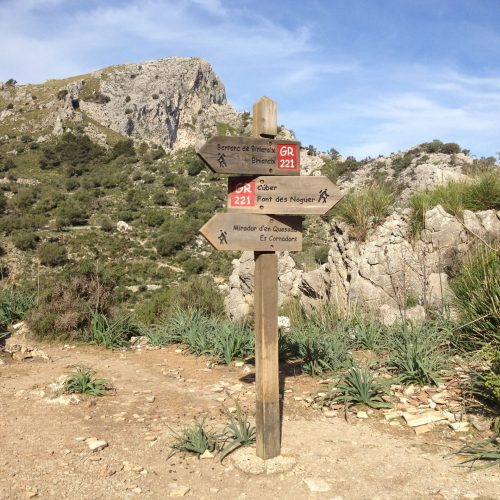 GR221 Hiking guide mallorca