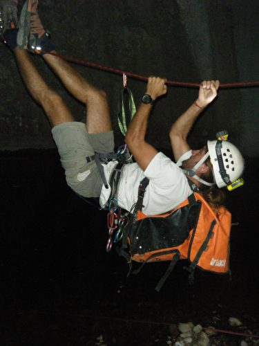 Night Dry canyoning