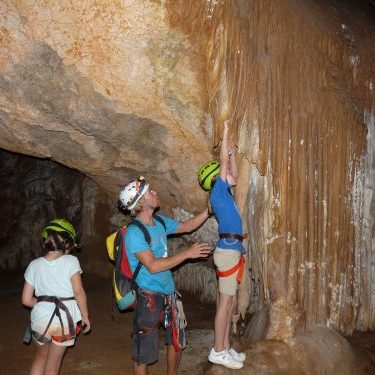 Kids tours in caves